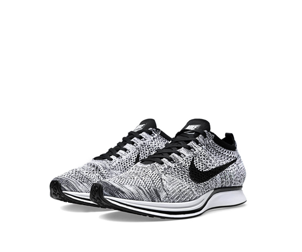 nike flyknit racer oreo 8 jan 2016. Black Bedroom Furniture Sets. Home Design Ideas