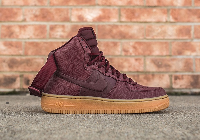 First Night Look Force A High Nike Air Maroon Women's Gum 1 Pnwk80XO