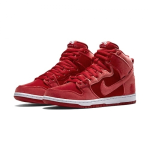 Nike SB Dunk High Premium Red Velvet feat