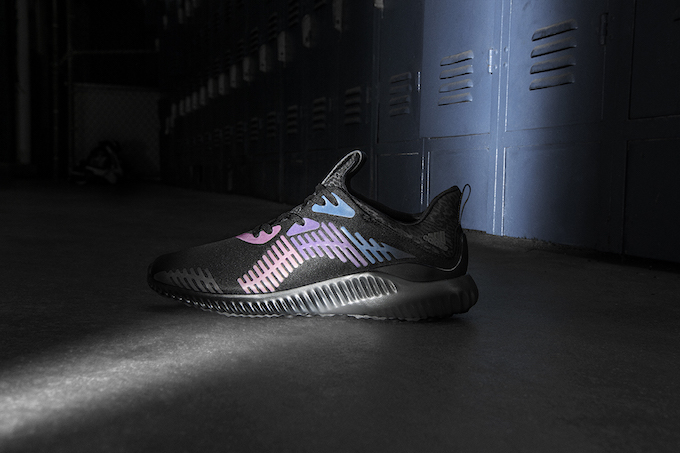 the latest cc1c1 9dc66 adidas Alphabounce Xeno 2