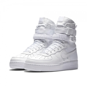 Nike SFAF1 Triple White feat