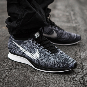 NIKE FLYKNIT RACER COOKIES AND CREAM OREO