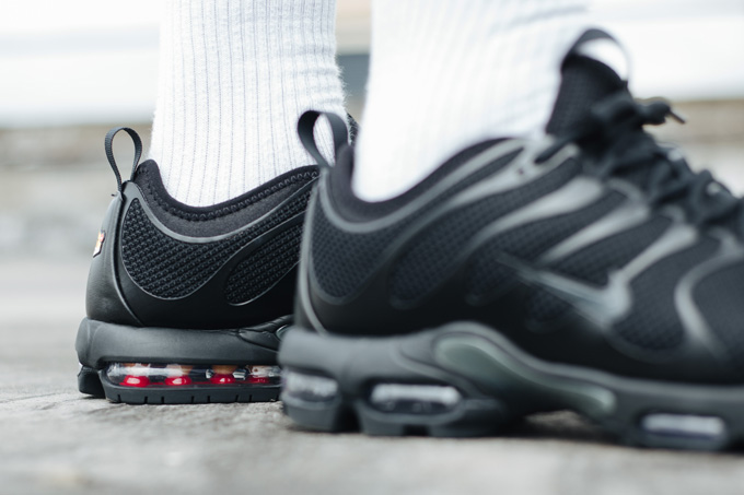 100% authentic 2ab82 7bf27 Nike Air Max Plus TN Ultra Triple Black - On-Foot Shots ...