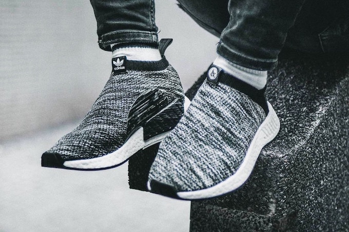 fcafb1f073af5 Guess Who s Back  adidas Originals x UNITED ARROWS   SONS NMD CS2 ...