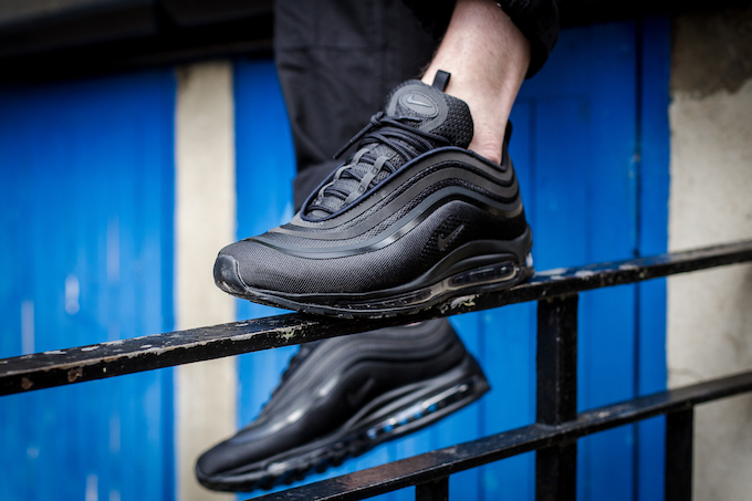 nike air max 97 ultra 17 triple black
