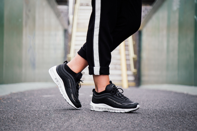 Nike Air Max 97 Premium Women S On Foot Shots