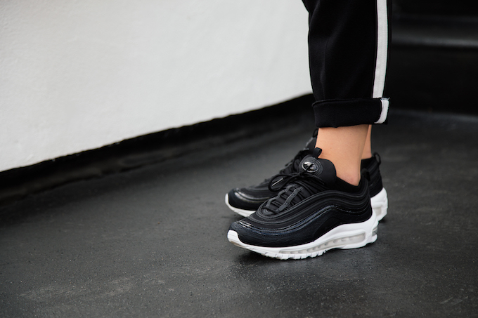 Cheap Nike Air Max 97 (black / silver / yellow) Free Shipping starts at 75