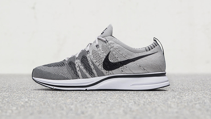 dee9ac954d89 The Nike Flyknit Trainer Returns in Two Light Shades... - The Drop Date