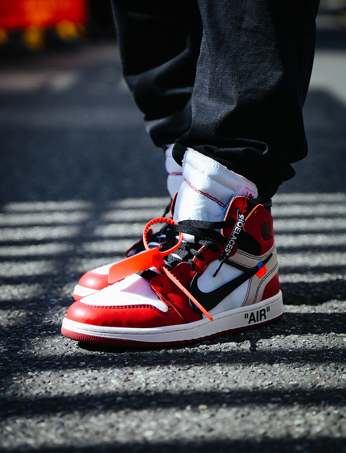 the best attitude 88ec7 4ec5c NIKE AIR JORDAN 1 X VIRGIL ABLOH OFF-WHITE ON-FOOT OTF