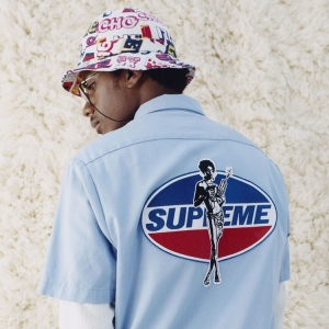 SUPREME X HYSTERIC GLAMOUR