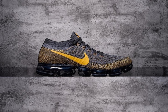Nike Air Vapormax Gold