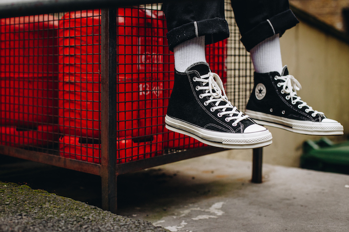 necesidad Elegancia proporción  Converse Chuck Taylor All-Star 70 Vintage Suede: On-Foot Shots - The Drop  Date