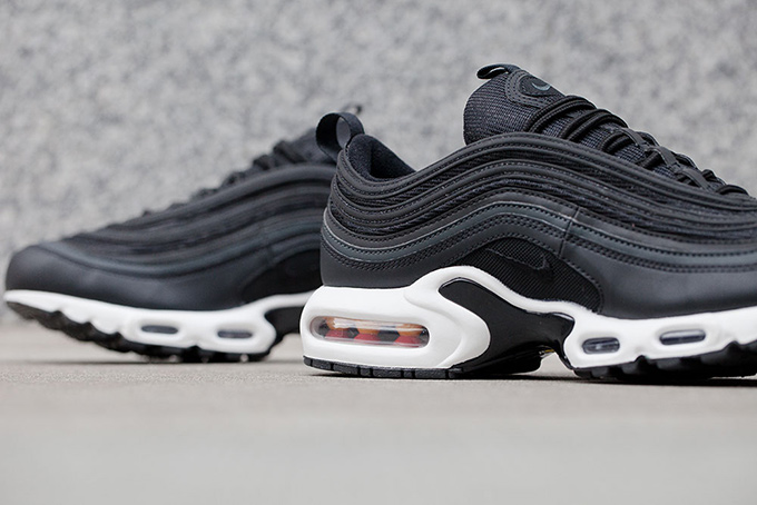 ironía Desnatar La ciudad  The Best of Both: the Nike Air Max 97 Plus - The Drop Date