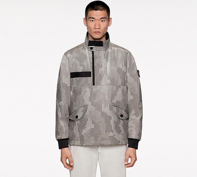 0a6558b0d0a6 Now you see it... The STONE ISLAND AW17 ICE JACKETS switch up with ...