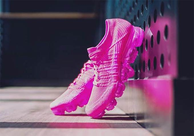 b73f42aaa825f Can You Handle the Nike Air VaporMax Triple Pink  - The Drop Date