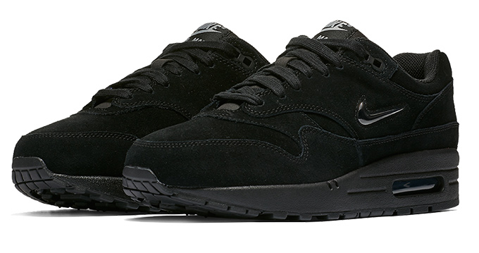 air max 1 all black suede