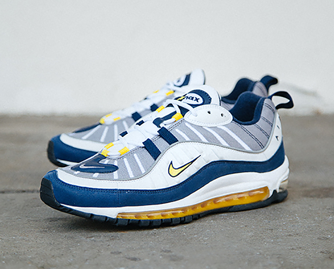 nike air max midnight blue yellow