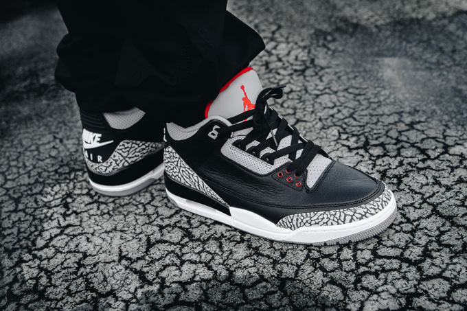reputable site 5eeca 4bb39 A Closer Look at the Nike Air Jordan 3 OG Retro Black Cement ...