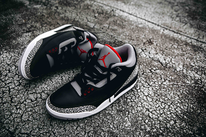 reputable site 4b06e 7ca1d A Closer Look at the Nike Air Jordan 3 OG Retro Black Cement ...