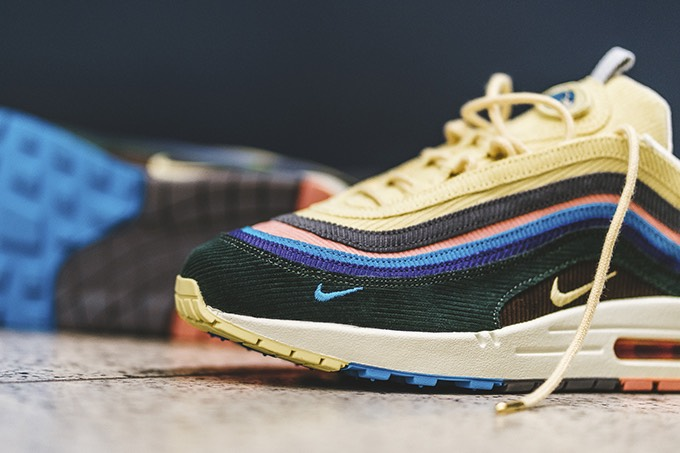buy popular eacc4 7e6ff Nike Air Max 1/97 SW: On-Foot Shots - The Drop Date