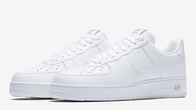 online store b24d6 521f6 The Nike Air Force 1 Low Gets A New Logo - The Drop Date