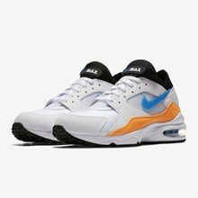e1a110701a784 The Nike Air Max 93 Blue Nebula Delivers Strong Contrasts