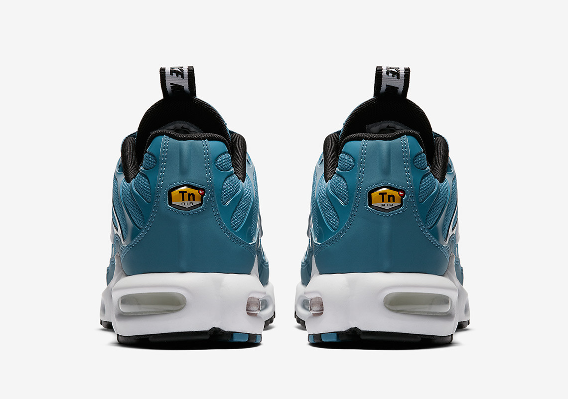 sale retailer 98400 666c1 nike air max plus pull tab 2
