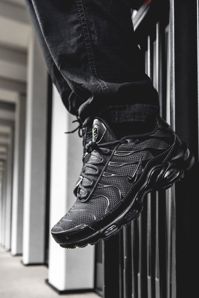 Nike Air Max Plus Tn Triple Black On Foot Shots The Drop Date