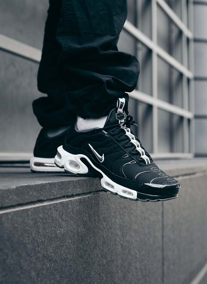 Nike Air Max Plus TN SE: On-Foot Shots - The Drop Date