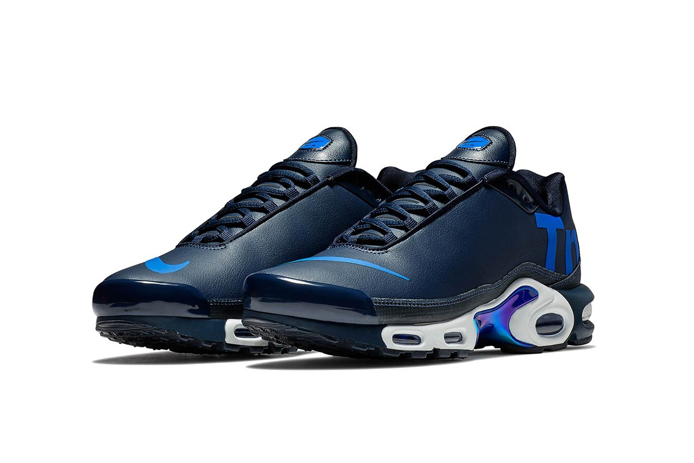 sports shoes ba7cc baddc Tuned Air Gets a Remix with the Nike Mercurial TN in Navy ...