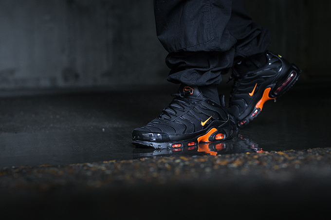 big sale 59c05 b0dc6 Nike Air Max Plus TN SE Total Orange: On-Foot Shots - The ...