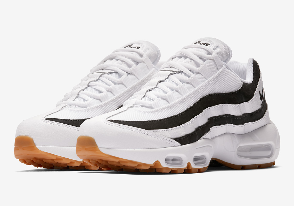 online retailer 41e98 fd758 nike am95 juventus 3. Nikes anatomically-inspired Air Max 95 ...