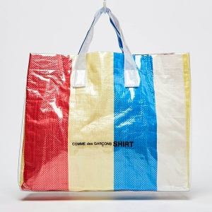 The new COMME DES GARÇONS SHIRT PVC PICNIC SHEET TOTE BAG has just dropped, and it won't stay around for long... Click the pic to shop now.