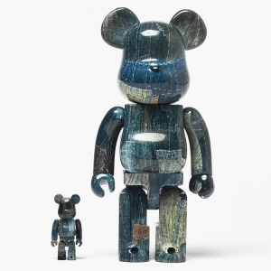 A rare sighting of the FDMTL X MEDICOM BEARBRICK SET here in Europe - get it before it's gone... Click the pic to buy.