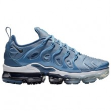 0781411126a7 Kick Those Holidays Blues with the Nike Air VaporMax Plus Work Blue