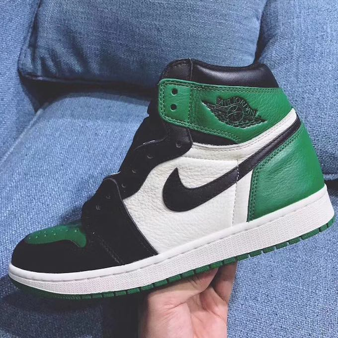 f7d33536cc8 First Glimpse of the Nike Air Jordan 1 Court Purple and Pine Green ...