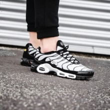 474ccd1e706 Nike Air Max Plus Oreo  On-Foot Shots by OVERKILL