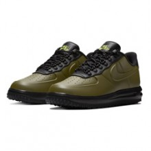 new product 9a3e7 cdb5a Step Heavy This Winter with the Nike Lunar Force 1 Duckboot Low Olive