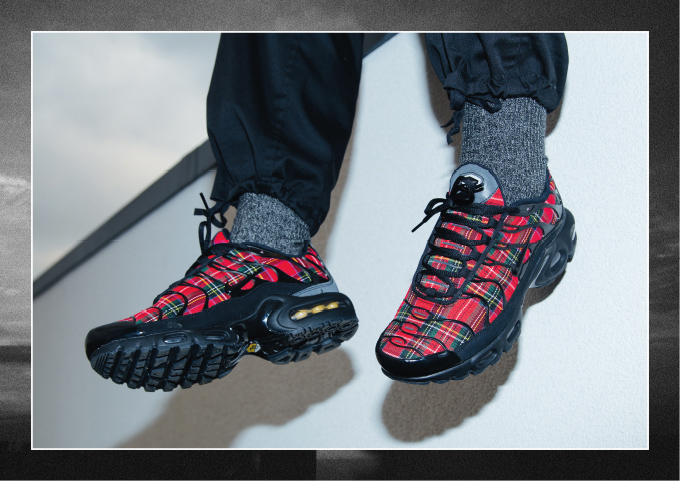 big sale 26b5c 7ae32 The NIKE AIR MAX PLUS TN SE TARTAN is AVAILABLE NOW hit the banner below  to pick up a pair at NIKE today.