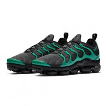 788bb1201d73 Mean in Green  The Nike Air VaporMax Plus Black and Green