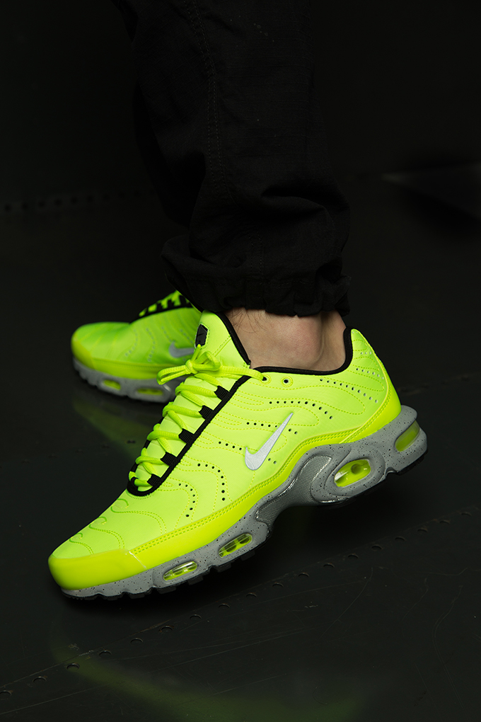 6a963341e3a The NIKE AIR MAX PLUS PREMIUM VOLT is AVAILABLE NOW  hit the banner below  to pick up a pair today. Nike Air Max ...
