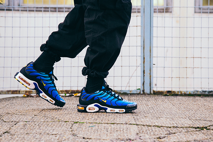 Nike Air Max Plus Og Hyper Blue On Foot Shots The Drop Date