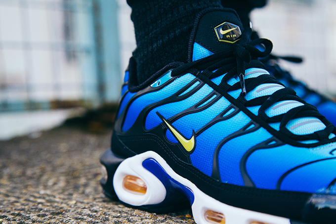 reputable site 135ee 78aa0 Nike Air Max Plus OG Hyper Blue: On-Foot Shots - The Drop Date