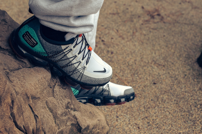 7cf75c6ce698 The NIKE AIR VAPORMAX RUN UTILITY TROPICAL TWIST is AVAILABLE NOW  hit the  banner below to pick up a pair at NIKE today.