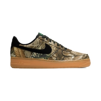 outlet store bcd88 40ab4 Nike Air Force 1 07 LV8 3 REALTREE CAMO  WOODLAND