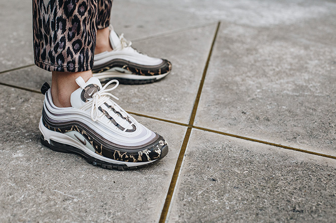Camouflage Large: On-Foot with the Nike WMNS Air Max 97 Camo - The ...