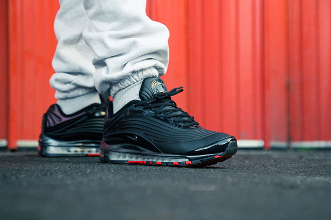 Nike Air Max Deluxe SE: On Foot Shots
