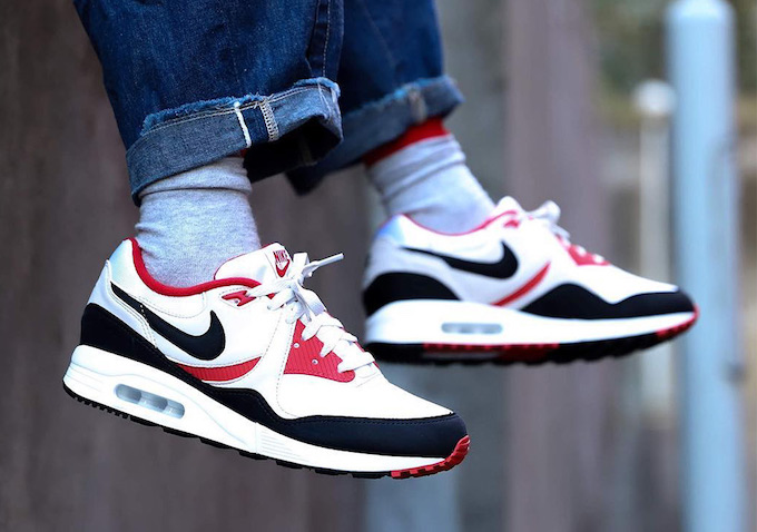 Nike Air Max Light OG BlackRed