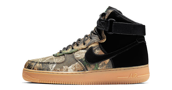 super popular b0a3c 437af Nike Air Force 1 High Realtree
