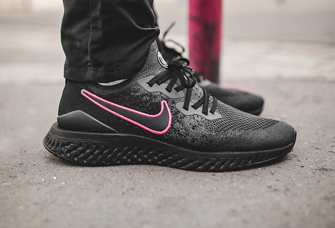Paris Saint-Germain x Nike Epic React Flyknit 2